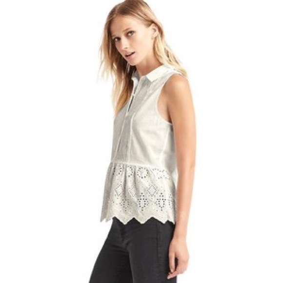 GAP Tops - 🌟 GAP Sleeveless Blouse
